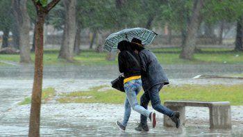 A usar paraguas. Es lo que indica el pronóstico del tiempo.