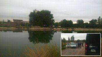 Murió ahogada tras caer con el auto al canal