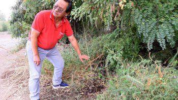 Raúl Kobyasi, un vecino que denuncia el drama del derroche de agua.