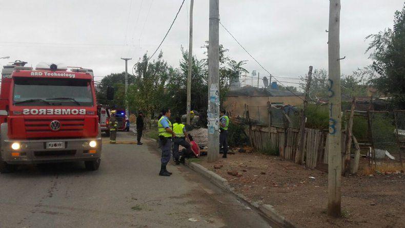 Una mujer se peleó con su hija y le prendió fuego la casa: terminó sedada y detenida por la Policía