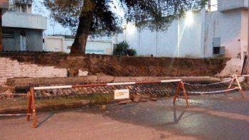 La fuerte lluvia derribó uno de los paredones de la cárcel U9