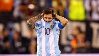FIFA suspendió a Messi por 4 fechas: no juega esta tarde