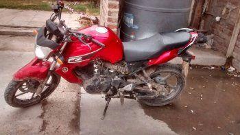 cayo mientras andaba con una moto robada por canal v