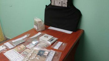 Atrapan a cuatro jóvenes que tenían un kiosco de cocaína