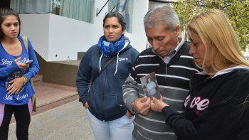 Ramón Romero, tras la audiencia, pidió justicia por el crimen de la esposa.