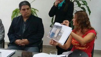 Erica Poblete, durante su pedido por la falta de vivienda que la afecta.