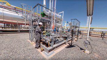 La planta en Sierras Blancas (cerca de El Chañar) será inaugurada el martes por el gobernador Omar Gutiérrez.