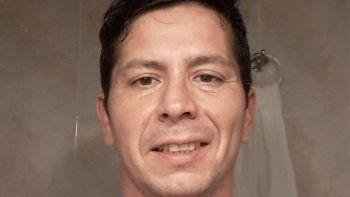 A Pablo Cuchán lo pescaron buscando pareja en Tinder. Libre desde 2016, hace 10 días fue denunciado por violencia de género.