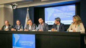 Neuquén tendrá tres vuelos semanales a Santiago de Chile a partir de octubre