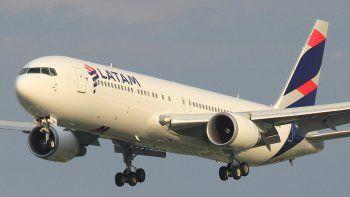 Latam confirmó ayer los vuelos desde el aeropuerto neuquino.