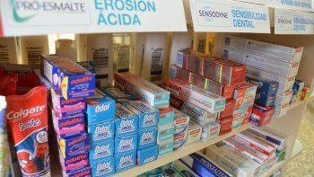 A la hora de lavarse los dientes, los neuquinos eligen lo más barato. El dentífrico impulsó la inflación de marzo.