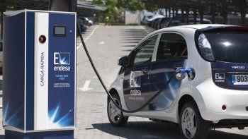 ypf instalara cargadores para autos electricos