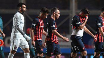 San Lorenzo cayó por 1-0 ante Temperley y se aleja de la pelea por el campeonato.