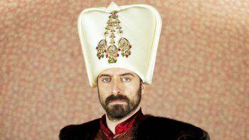 Halit interpretará al sultán Solimán, que será flechado por una esclava cristiana.