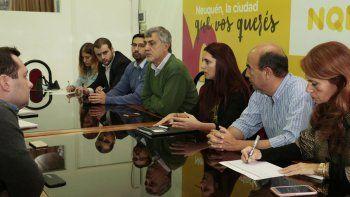 La reunión se llevó a cabo el viernes en el municipio.