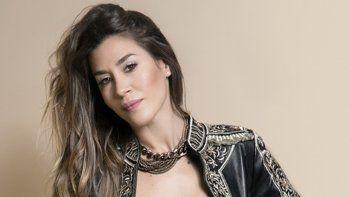 Ante los rumores de una infidelidad del tenista con una modelo, Jimena Barón viajó a Tandil, el pago de su novio.