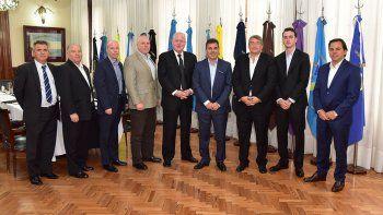 El ministro de Seguridad de Buenos Aires los recibió ayer.