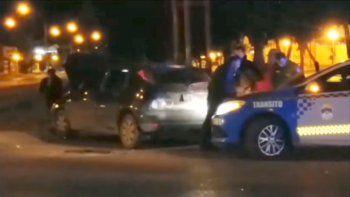tres mujeres heridas tras chocar en el ingreso a la refineria de huincul