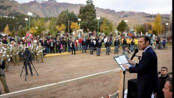 Gutiérrez entregó viviendas y prometió obras en Huinganco