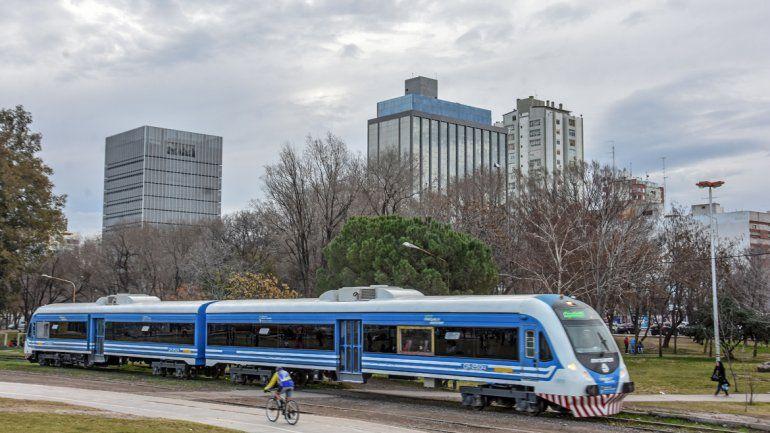 Buscarán apoyo de los gobernadores para el Tren del Valle