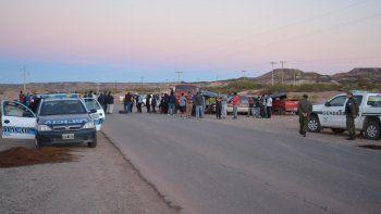 gendarmeria y la policia federal estan en los piquetes petroleros