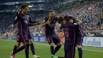 barcelona goleo al espanyol y sigue como lider junto al real madrid