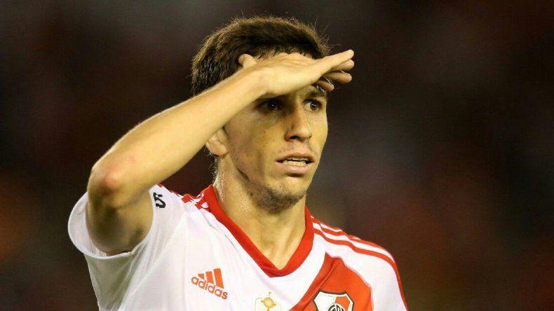 La lesión de Fernández obligará a Gallardo a pensar en cambios.