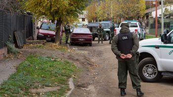 Gendarmería allanó dos casas por venta de drogas