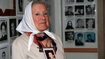 Nora Cortiñas dijo que Hebe le dio el simbólico pañuelo a César Milani.