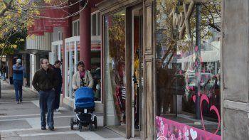 Entre el Bajo y el Alto neuquino hay más de 2100 locales comerciales, de los cuales un 10 por ciento hoy están desocupados. La cifra se mantiene en los últimos meses y augura un buen futuro.