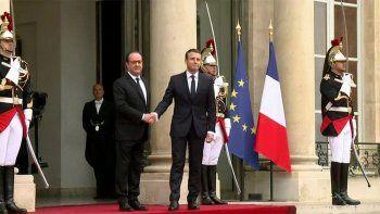 Macron juró y se convirtió en el presidente más joven en la historia de Francia