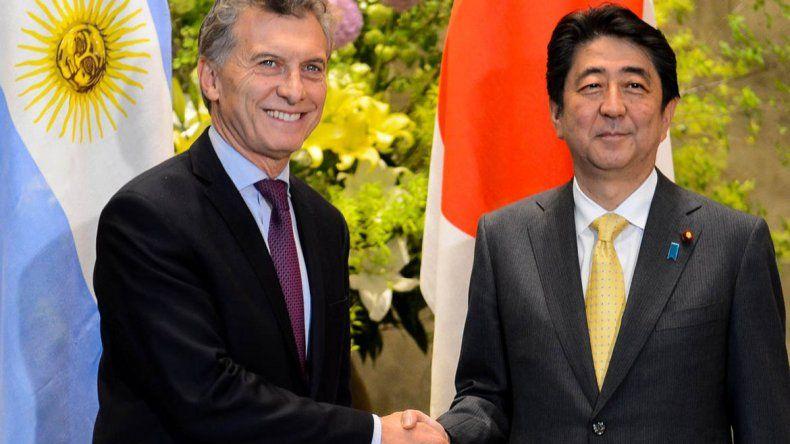 Macri con el primer ministro de Japón