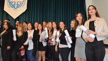 Los nuevos profesionales egresados de la Facultad de Economía y Administración de la UNCo.