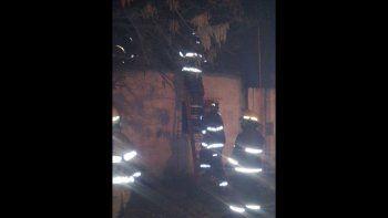 se incendio una casa cerca de una estacion de servicio