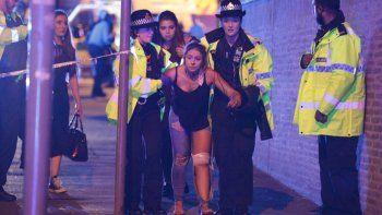 Terror. Las explosiones ocurrieron cuando el show estaba terminando. La Policía aplicó el protocolo antiterrorista.