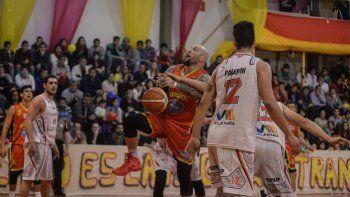 Marcelo Piuma viene de convertir 30 puntos en el tercer juego.