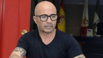 El ex DT del Sevilla tiene grandeschances de asumir este jueves.