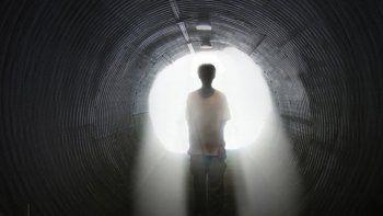 Joven dice que se teletransportó luego de ver una extraña luz