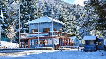 cerro bayo busca ser el iman de la region con magic carpet, lo nuevo para esquiadores principiantes