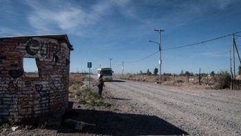 En Colonia Nueva Esperanza piden un cole que vaya directo al Oeste