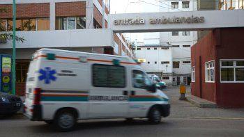 Sufrió heridas graves y denuncian que lo atropelló un móvil policial