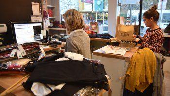 La sostenida suba de los precios sigue marcando el pulso en la vida cotidiana de los asalariados.