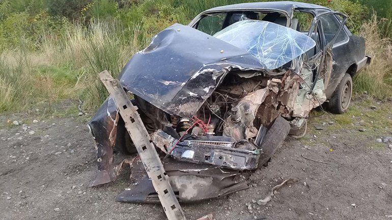 Un herido grave tras chocar contra un camión de carga en Villa La Angostura