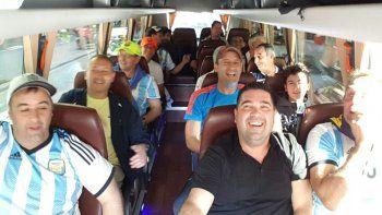 El grupo valletano disfruta del tour inolvidable en tierras europeas con las citas deportivas más importantes.