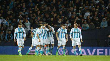 Con goles de Rosales y Acuña, la Academia siguió con la racha de festejar en el Cilindro.