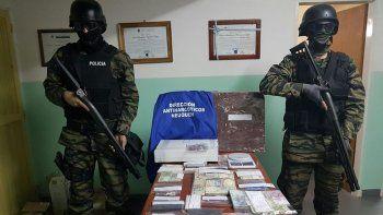 Desarmaron una fortaleza narco: hay tres detenidos
