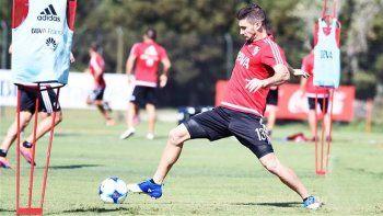 El Pipa junto con el paraguayo serán titulares ante el Decano y se perderán el siguiente contra San Lorenzo.