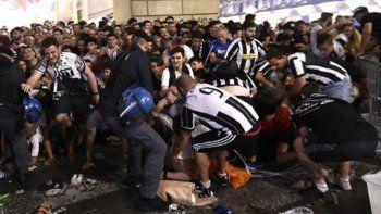 Psicosis terrorista: 200 hinchas de Juventus heridos en una estampida