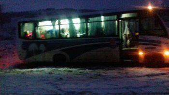 Rescataron a 30 personas varadas tras un temporal de nieve en Junín