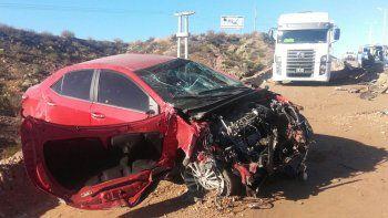 Despistó y chocó a un camión que trabajaba en las obras de la Ruta 7